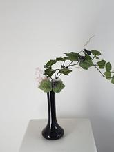 Vaas met decoratie